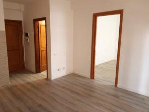 pavimento laminato appartamento castiglione del lago